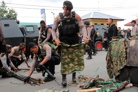 Polisi Bongkar Bangunan Diduga Markas KNPB di Timika