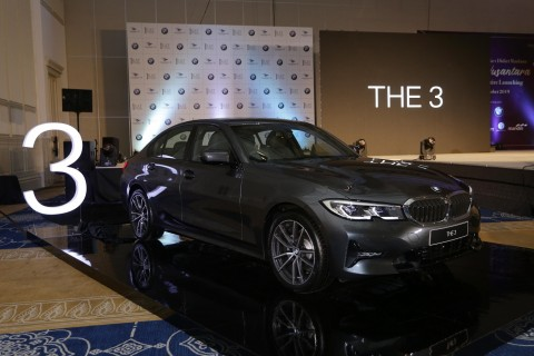 All New BMW 320i Sport Mengaspal di Indonesia