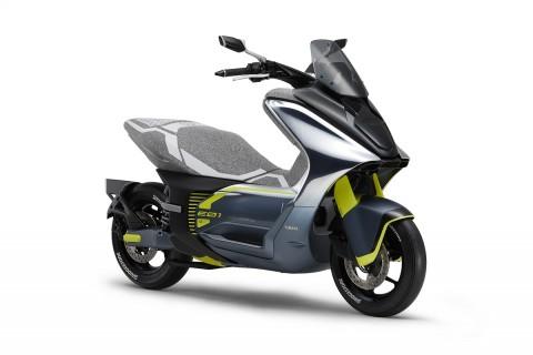 Yamaha E01 akan Tantang Honda PCX Listrik