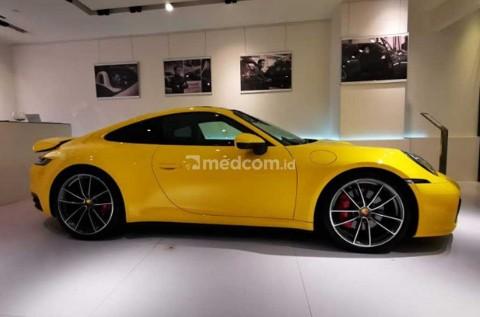 Porsche Boyong 911 Generasi ke-8