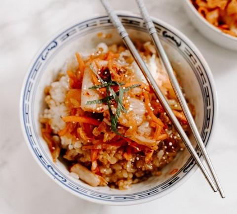 Kenapa Sumpit Korea Berbahan Dasar logam?
