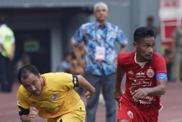 Debut Pelatih Baru Persija Dicoreng Gol Telat Semen Padang