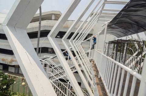 Bekasi Bangun Jembatan Penyeberangan Futuristis