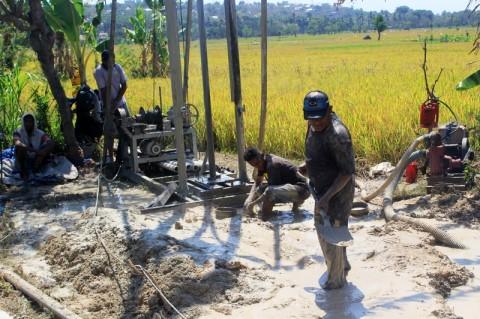 Delapan Sumur Bor Mengatasi Kemarau di Malang