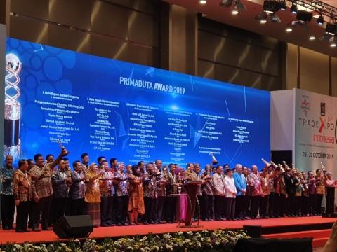 Two Vietnamese Companies Receive Primaduta Award