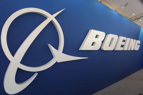 Pesawat Boeing Retak, Maskapai Diingatkan Teliti Mengecek