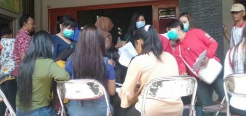 Ratusan PSK 'Sunan Kuning' Terima Kompensasi Penutupan Lokalisasi
