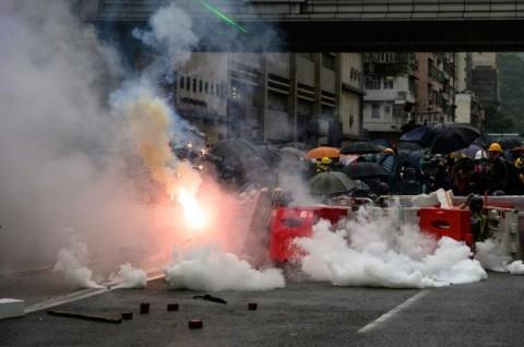 Waktu Libur TKI di Hong Kong Terganggu Gas Air Mata