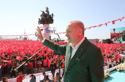 Erdogan Ancam Hancurkan Kepala Pasukan Kurdi