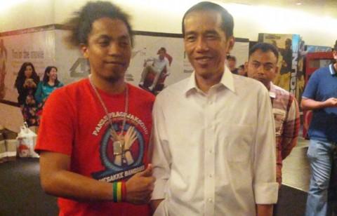 Arie Kriting Ingin Jokowi Tetap Merakyat