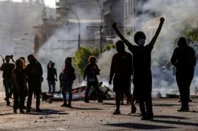 8 Tewas dalam Kerusuhan, Chile Perpanjang Status Darurat