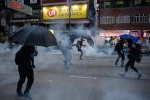 Benda Diduga Bom Ditemukan di Lokasi Demo Hong Kong