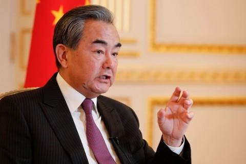 Menlu Tiongkok Tak Terima Demo Ricuh Hong Kong