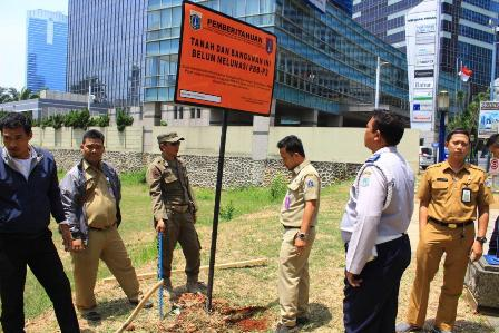 Lima Objek di Jaksel Dipasangi Plang Penunggak Pajak