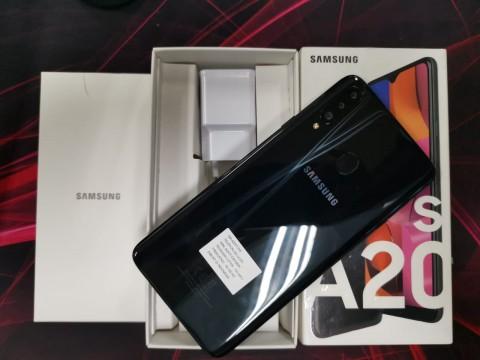 Melihat Paket Penjualan Samsung Galaxy A20s