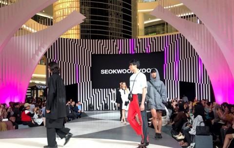 Desainer Muda Korea Selatan Unjuk Bakat di JFW 2020