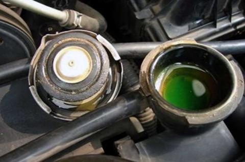 Pentingnya Mengecek Air Radiator Setelah Perjalanan Jauh