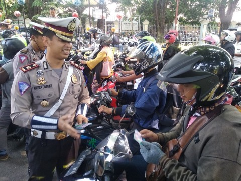 Operasi Zebra di Sidoarjo Berhadiah Sepeda Motor