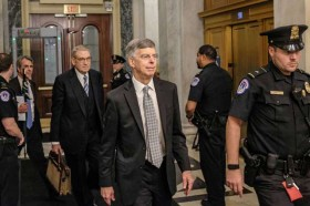 Kesaksian Diplomat AS Pemicu Penyelidikan Pemakzulan Trump