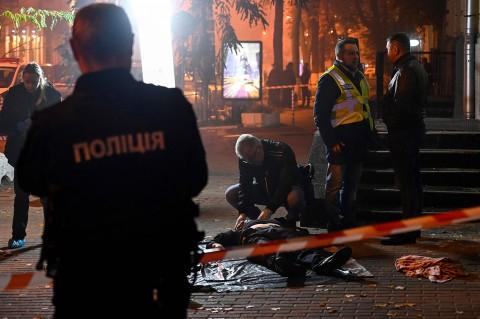 Ledakan Granat di Kiev Tewaskan Dua Orang