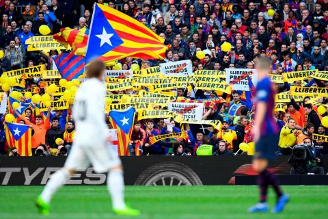 La Liga dan Federasi Sepak Bola Spanyol Bersengketa karena El Clasico