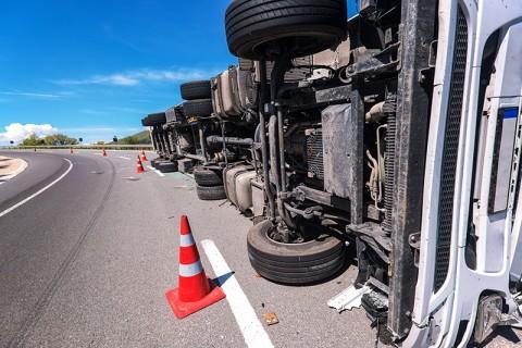 21 Kecelakaan Terjadi di Tangsel karena Truk