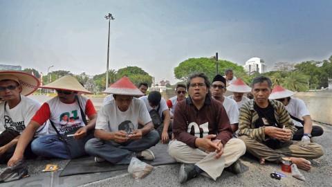 Petani Tembakau Protes Kenaikan Cukai