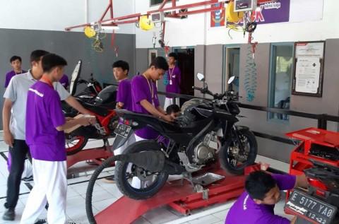 Digitalisasi Teknisi ala SMK Karya Nasional Jawa Barat