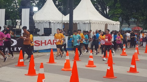 Electric Jakarta Marathon Ajak Masyarakat Lebih Bijak Gunakan Listrik