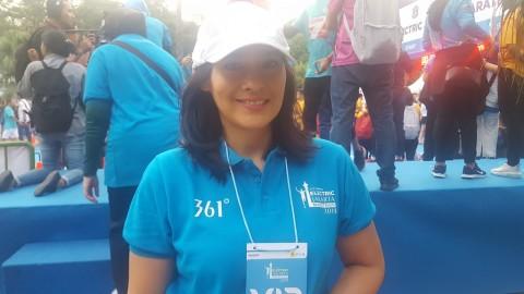 Ine Febriyanti Bicara tentang Lingkungan di Electric Jakarta Marathon 2019
