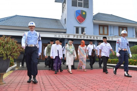 Ma'ruf Amin Bertolak ke Surabaya Resmikan Pagelaran Budaya Santri Nusantara