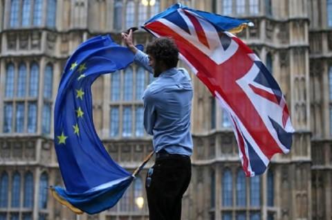 Uni Eropa Bersiap Perpanjang Brexit Hingga 2020