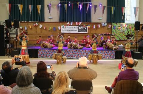 Penari Tradisional RI Tampil di Festival Bergengsi Inggris