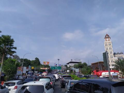 Pemkab Bogor Sediakan 516 Kios untuk PKL di Puncak