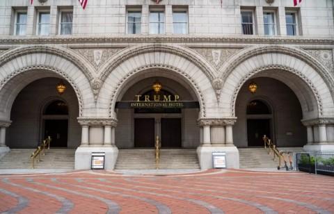Trump Bakal Jual Hotel Mewahnya di Washington