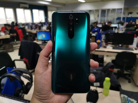 Kesan Pertama Memegang Redmi Note 8 Pro