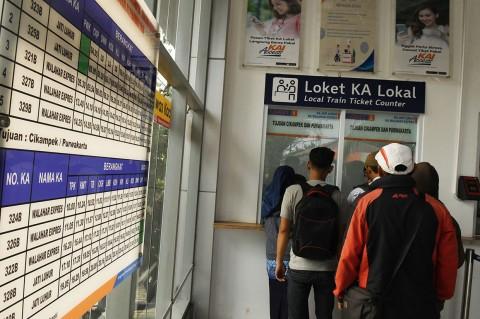 Stasiun Kramat Layani Penumpang KA Lokal