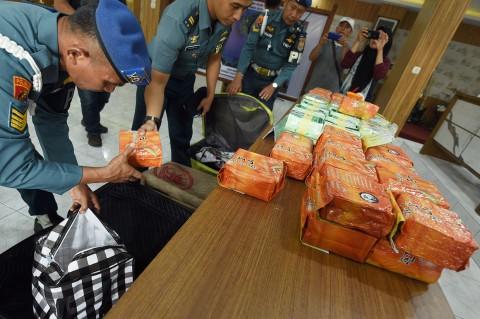 Lanal Palembang Gagalkan Penyelundupan 79 Kg Sabu