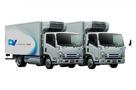 Isuzu ELF EV Tanggalkan Mesin Diesel Konvensional