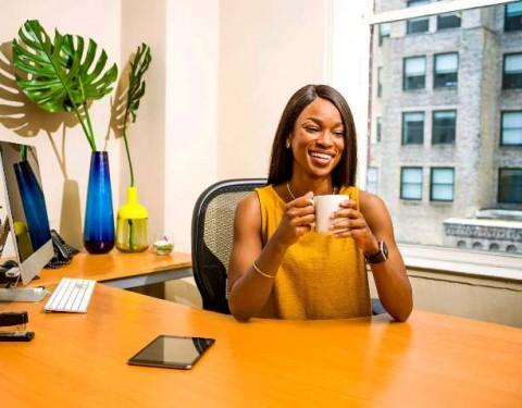 Panduan Gaya Pakaian Wanita untuk Wawancara Kerja