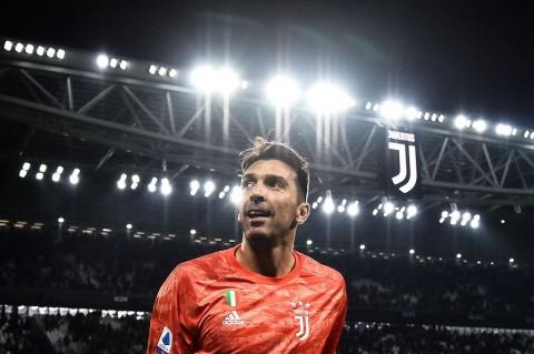 Ingat Keluarga, Buffon Putuskan Kembali ke Juventus