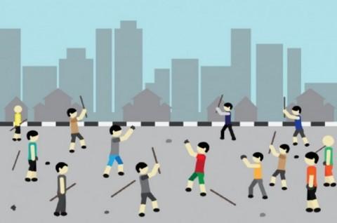 Polisi Gelar Potong Tumpeng Damaikan Warga Manggarai