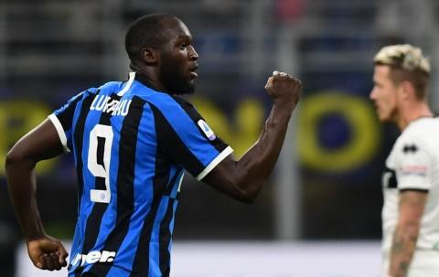 Bungkam Brescia, Inter Kudeta Juventus dari Puncak Klasemen
