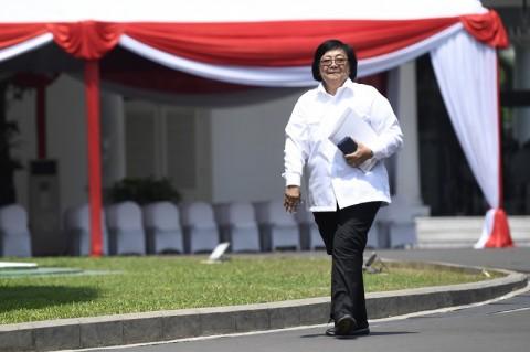 Menteri Siti Ajak Siswa Sekolah Peduli Lingkungan