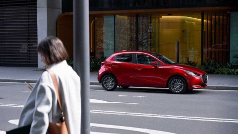 Minimalis Manis New Mazda2