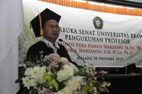 UB Kukuhkan Dua Profesor dari Fakultas MIPA
