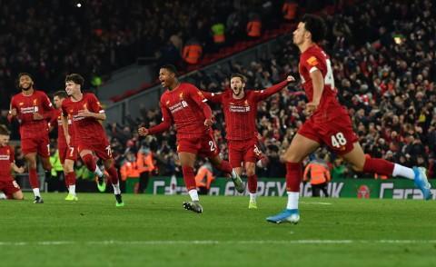 Liverpool Singkirkan Arsenal Lewat Adu Penalti