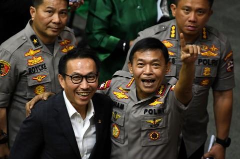 DPR Tetapkan Idham Azis sebagai Kapolri