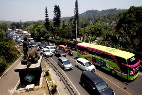 PKL Minta Dilibatkan Pembangunan <i>Rest Area</i> Puncak