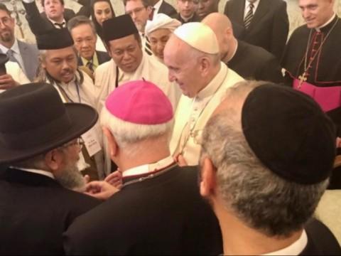 Representatives from NU, Muhammadiyah Meet with Pope Francis